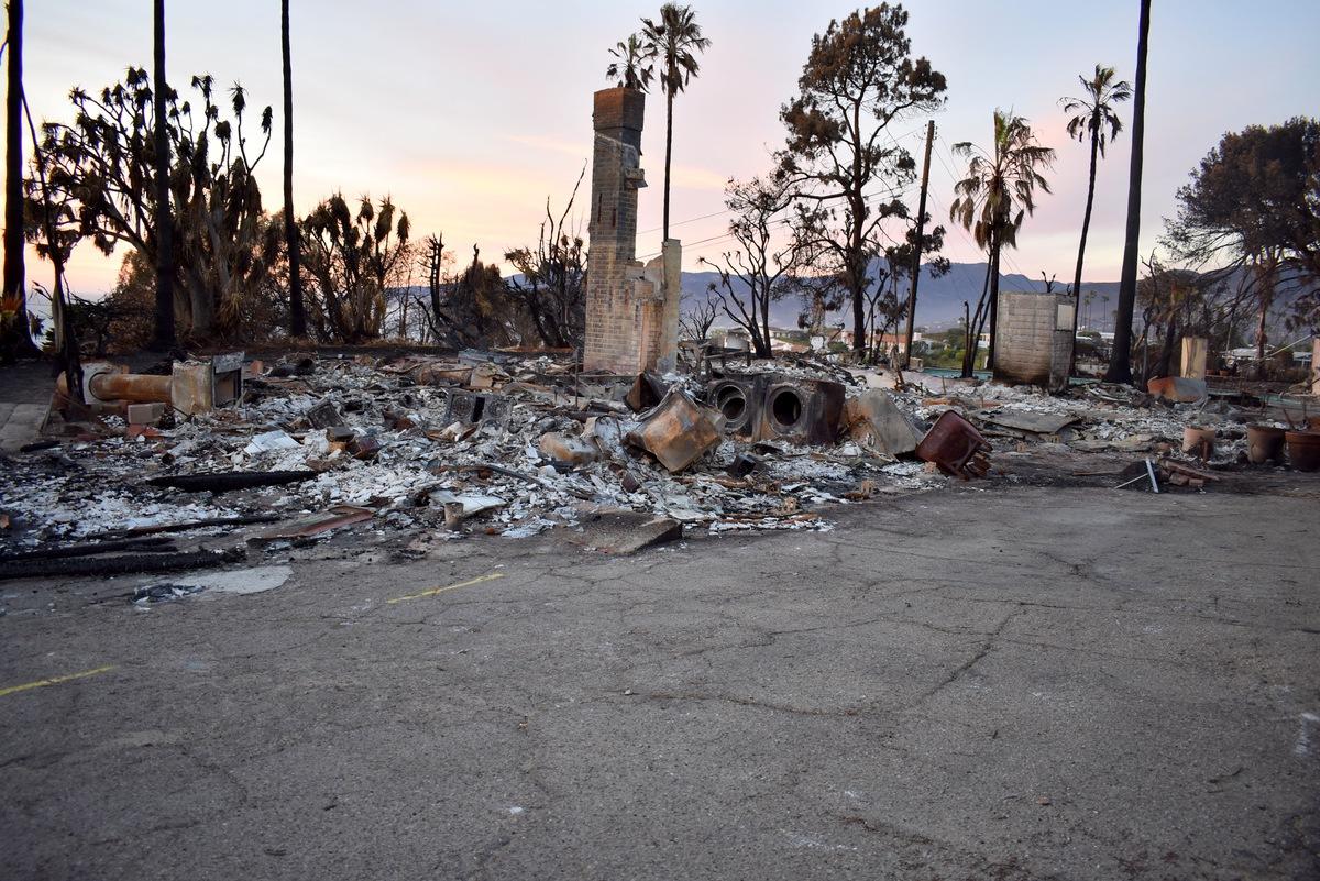 20181127加州火災災後援助中心發放-蔡松谷DSC_4948