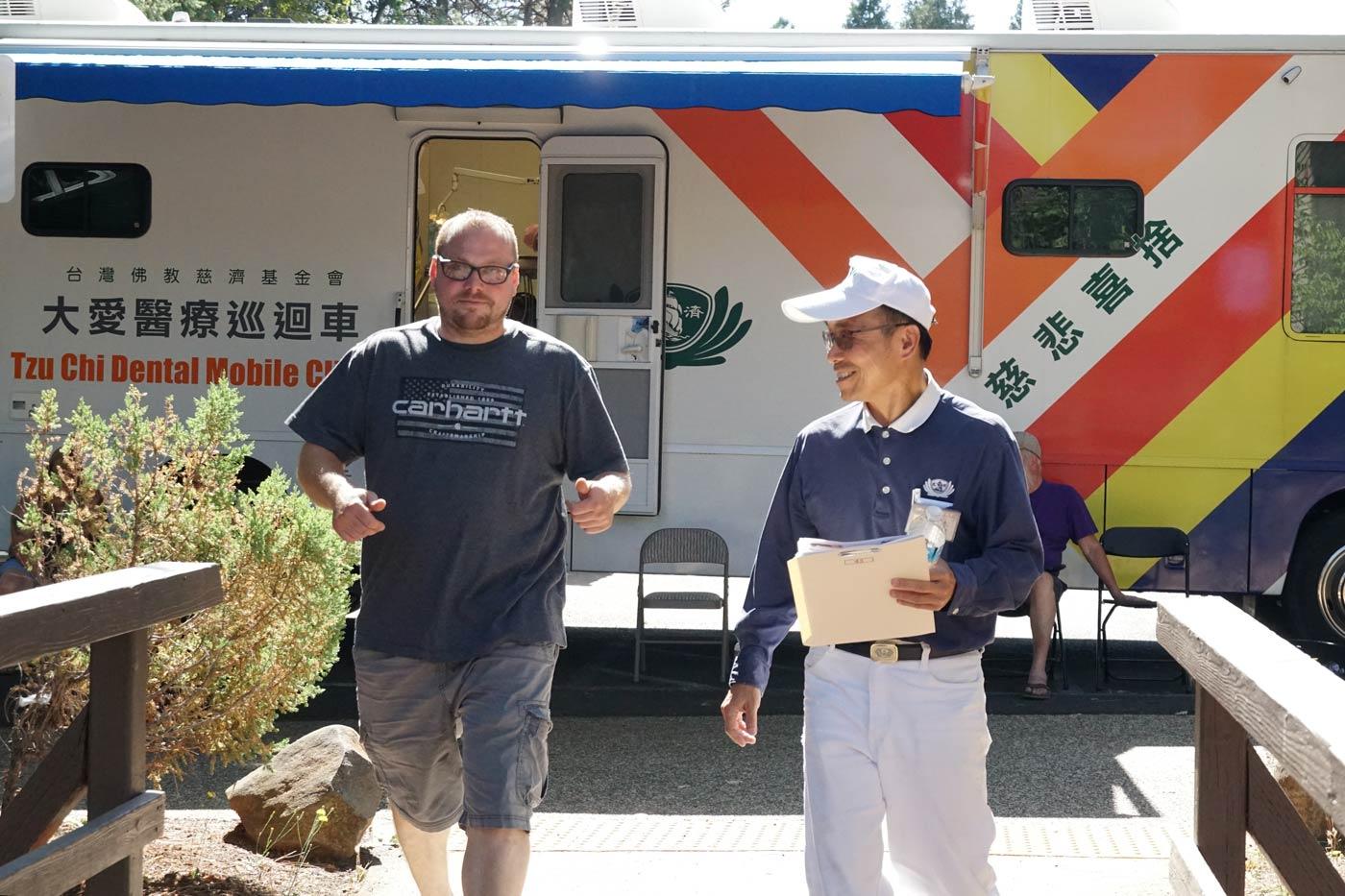 TzuChiUSA_camp-fire-medical-outreach-48361999757_41ef6b4d92_o