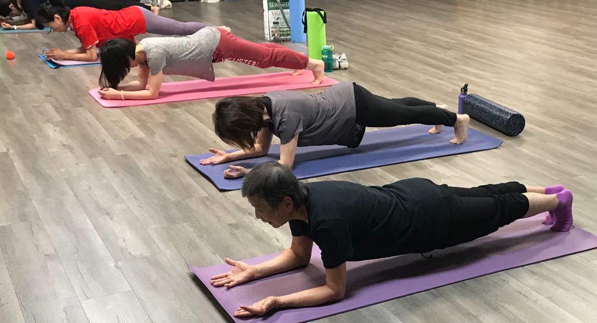 TzuchiUSA_hg-continue-ed-yoga