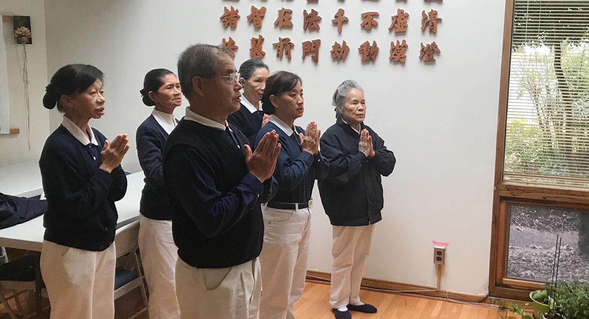 TzuchiUSA-pray-for-wuhan-20200204-5