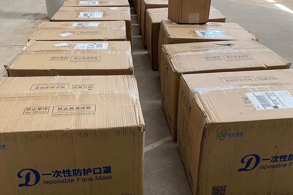 TzuchiUSA_ppe-distribution-202004-tx_0000_20200423_shipment arrival 物資抵達_IMG_5464_Jean Hsu