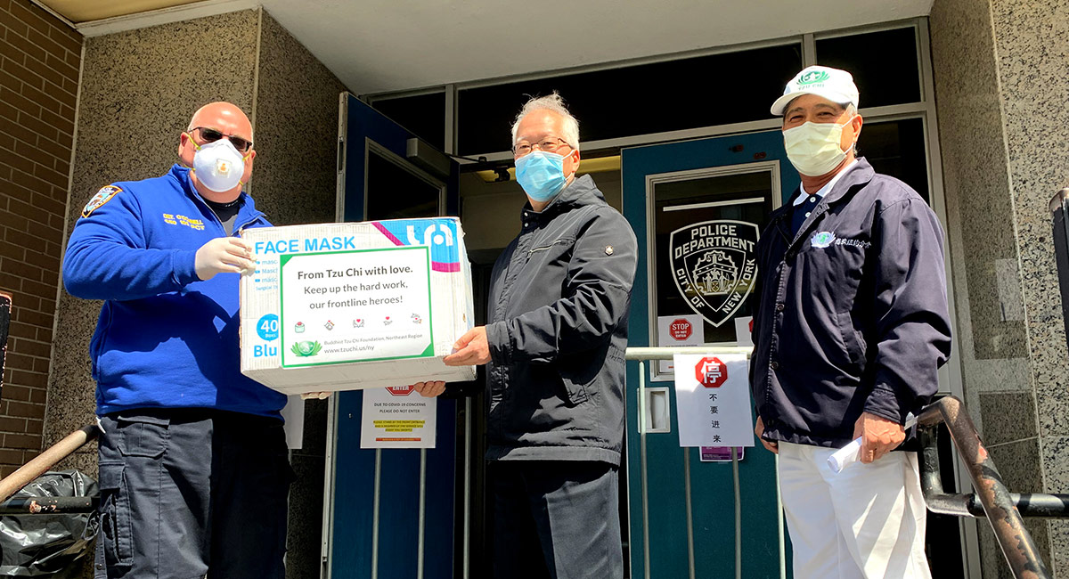 TzuchiUSA-7400-masks-donated-to-new-york-hospitals-and-police-department
