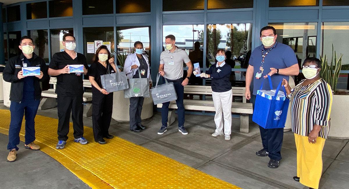 TzuchiUSA_Alta-Bates-hospital-Mountain-View-Urgent-Care-Center-mask-distribution-20200407