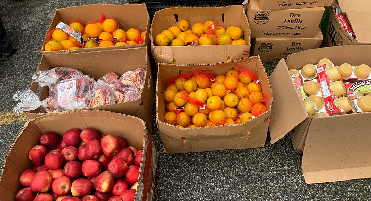 TzuchiUSA_ny-grocery-distribution-slide_0003_IMG_1858 - 20200523 grocery distribution food bag preparations in Flushing