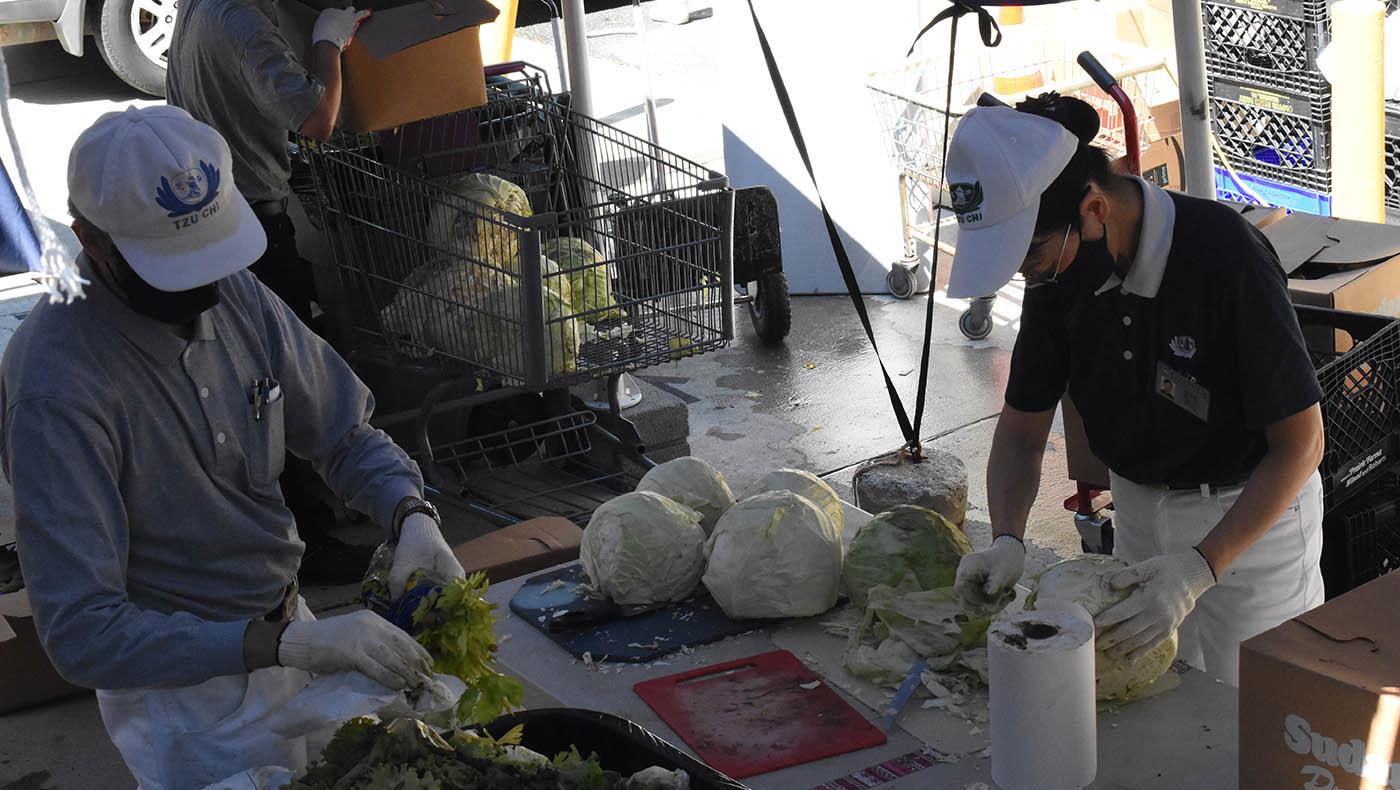 TzuchiUSA-dc-md-silver-spring-food-distribution-20200711_0001_20200711_MD food distribution _Silver Spring_蔡蕙菁 Wendy Tsa