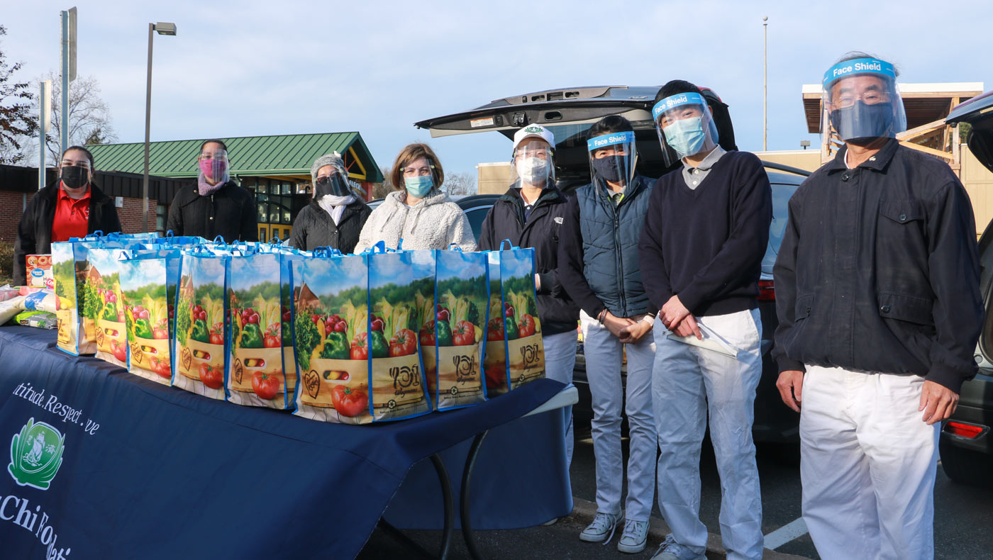 TzuChiUSA-thanksgiving-food-drive-brings-help-and-hope-MD-12142020-3