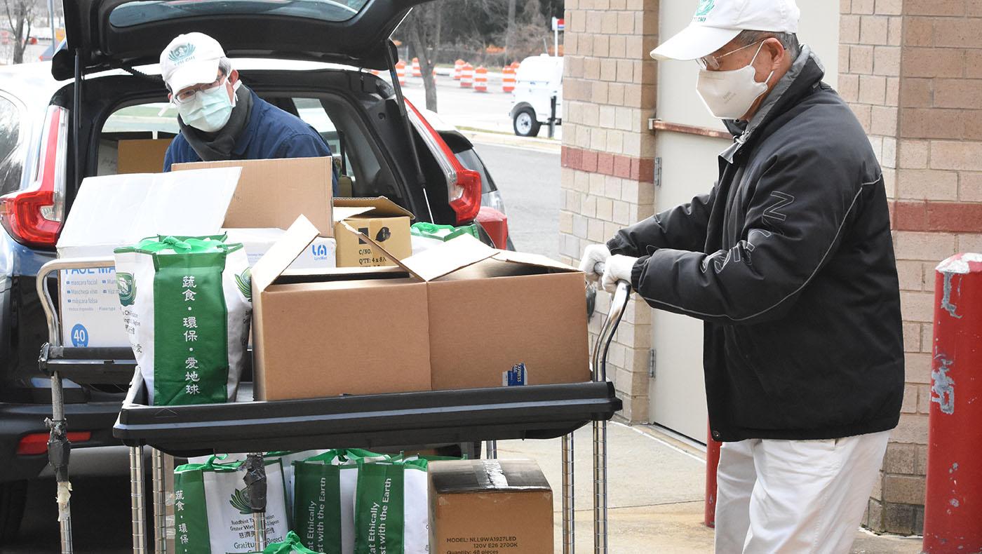 TzuchiUSA-dc-Rosa Park elem food distribution_0001_20210123_Rosa Park elem food distribution_蔡蕙菁 Wendy Tsai_8259