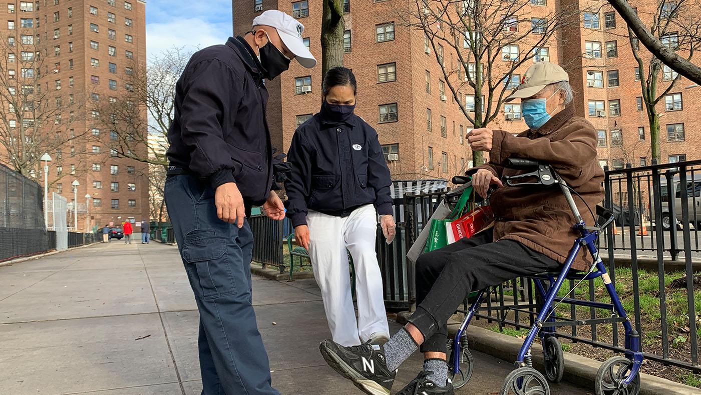 TzuchiUSA-ny-Care for Recipient before Lunar New Year_0002_tzuchi case_曼哈頓1