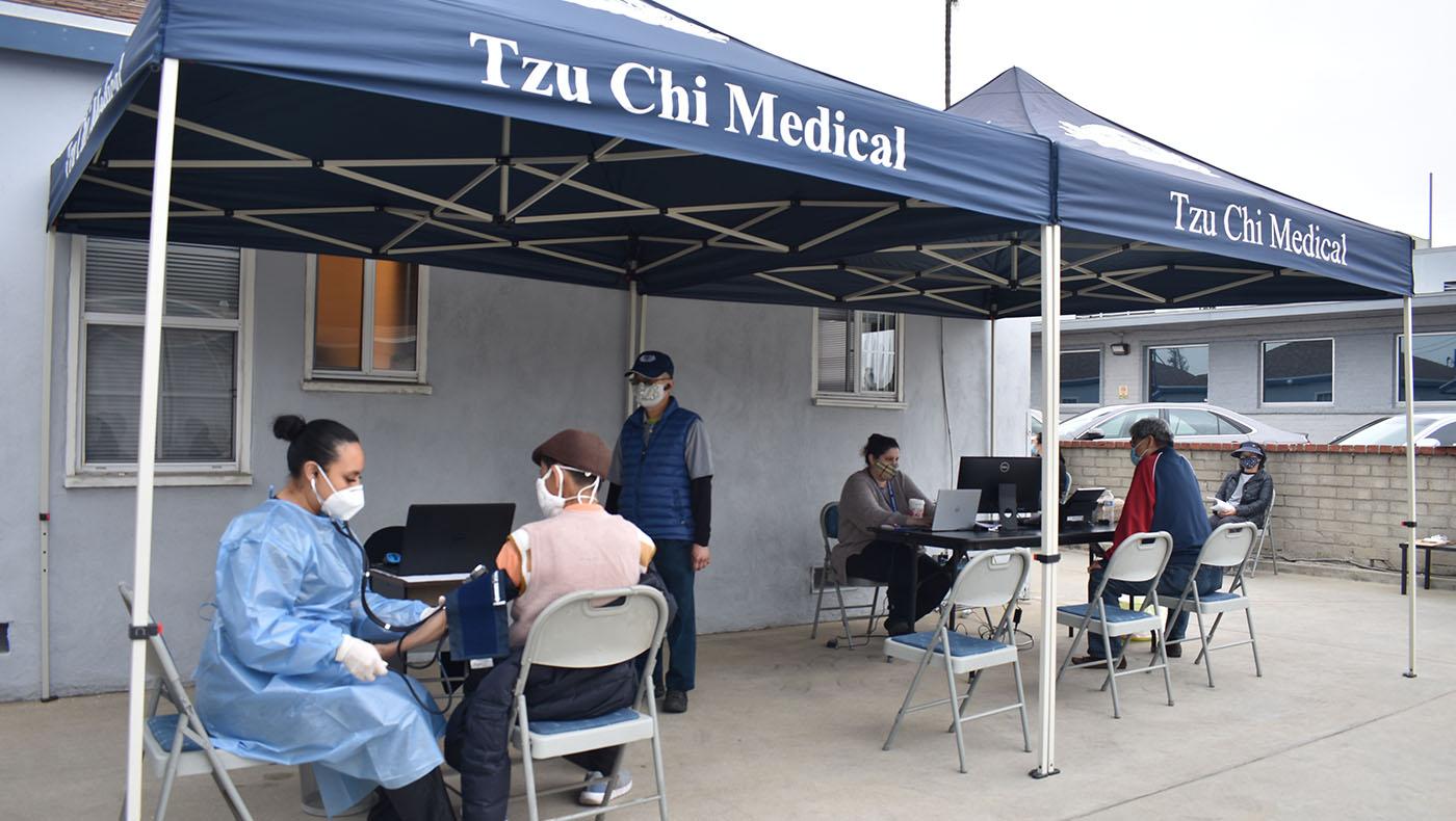 TzuchiUSA-COVID Vaccine for Community_0003_20210210慈濟阿罕布拉醫療中心新冠疫苗注射-蔡松谷DSC_6790