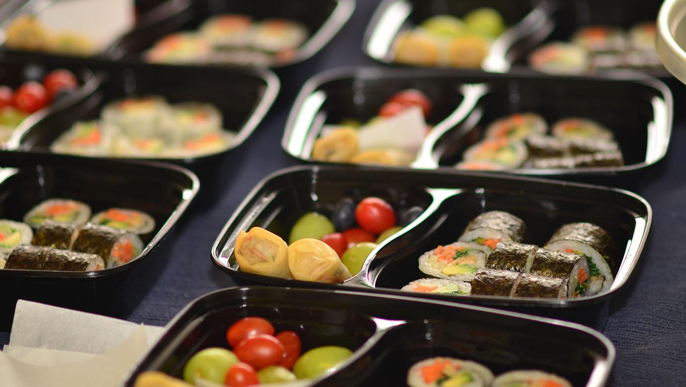 TzuchiUSA-veggie-lunch-for-hill-crest-care-givers_0001_DSC_0123