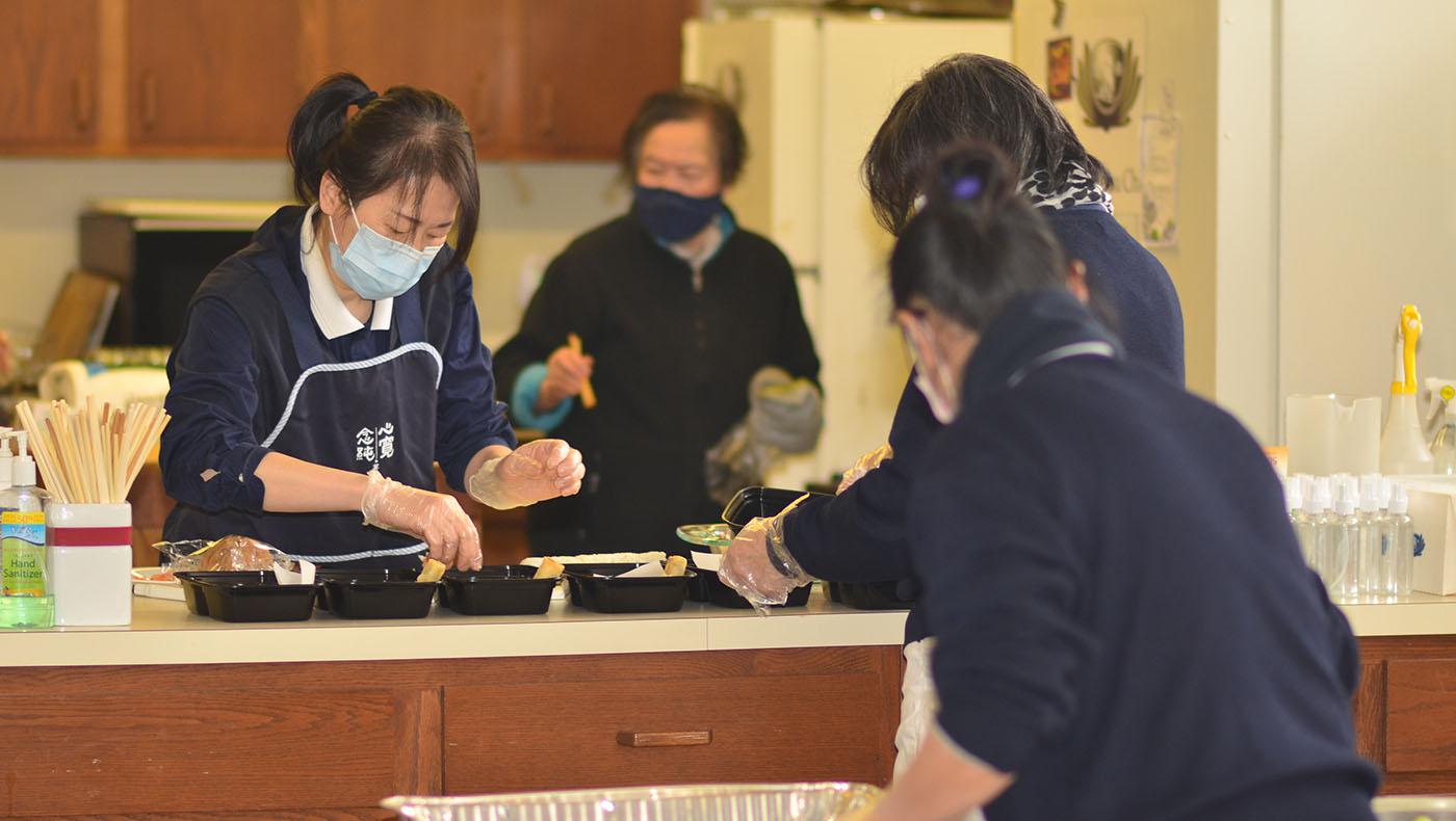 TzuchiUSA-veggie-lunch-for-hill-crest-care-givers_0000_DSC_0135