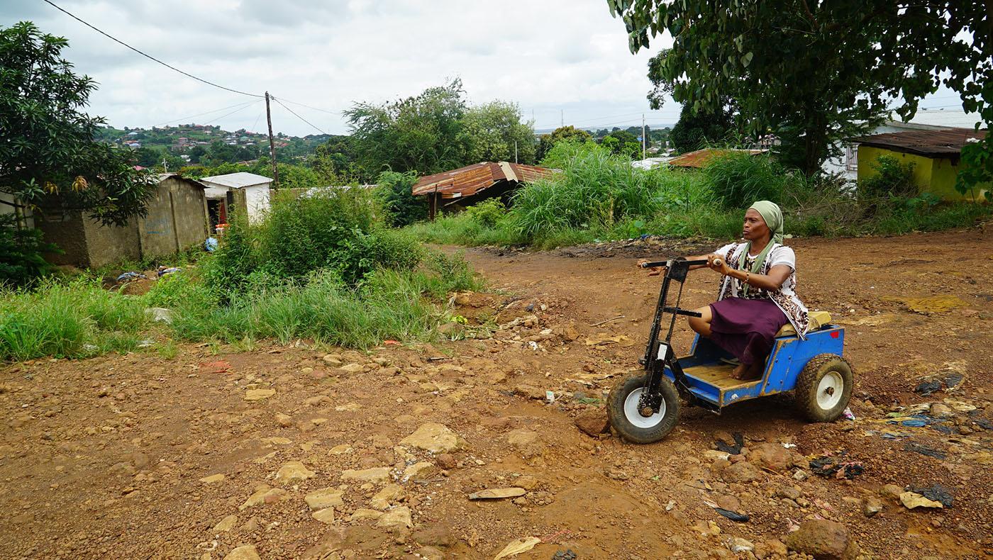 TzuchiUSA-Sierra Leone Donate Toilet and Well_0002_37274075290_afab609f01_k