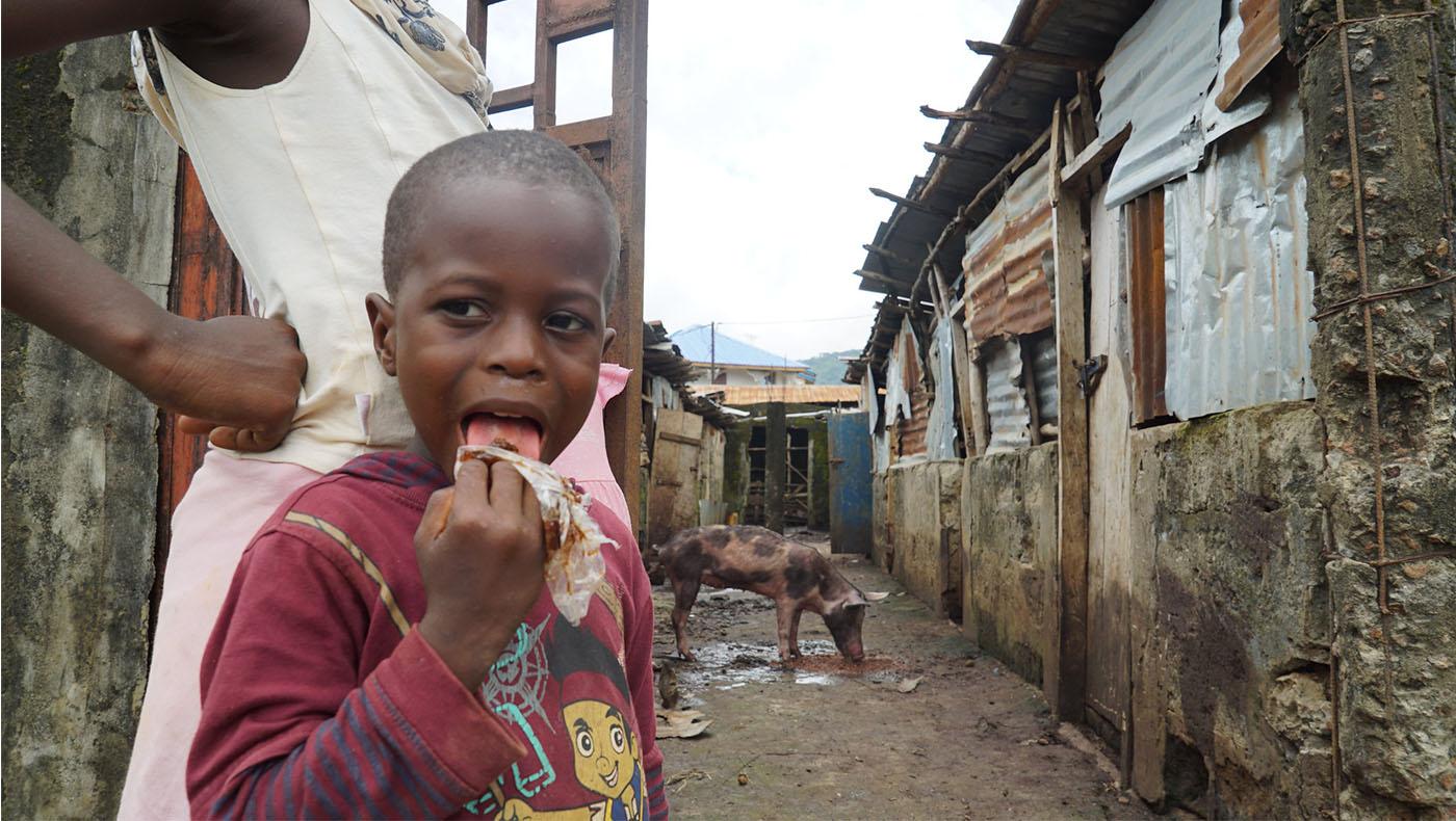 TzuchiUSA-Sierra Leone Donate Toilet and Well_0001_36863171663_66bb0b07c2_k