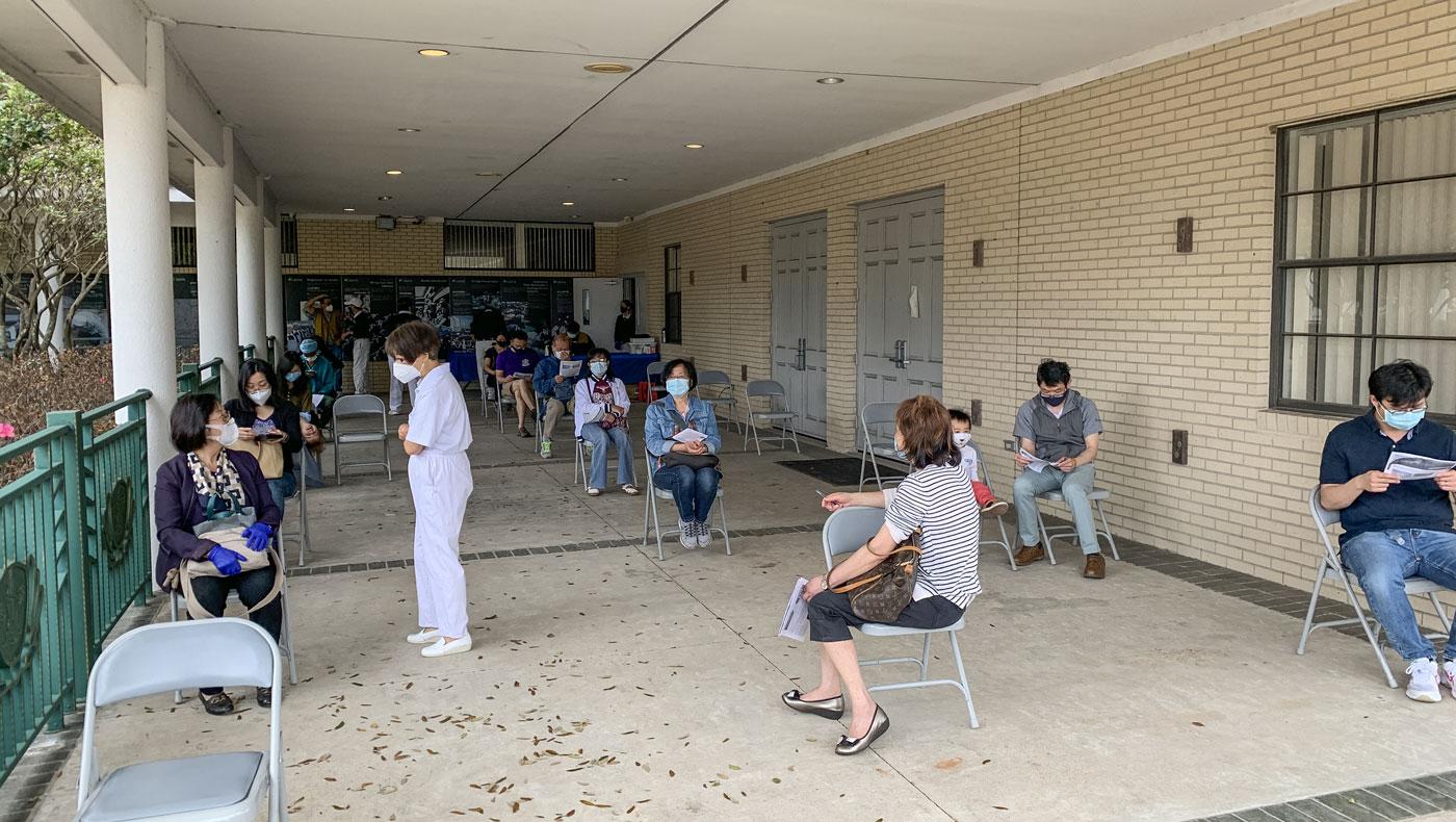 TzuChiUSA-Houston-COVID-Vaccines-042321-12.jpg