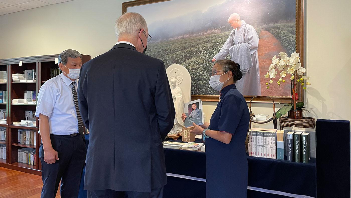 TzuchiUSA-congressman visit-chicago_0005_20210710_Congressman Visit_YM_馬樂_5