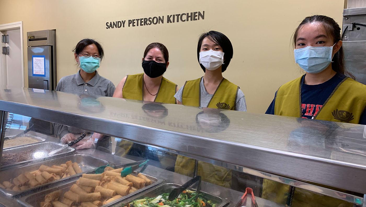 TzuchiUSA-soup-kitchen-_0000_6-19-21_DRM-foodservice_NCRaleigh_yung-shih-huang_黄詠詩_03