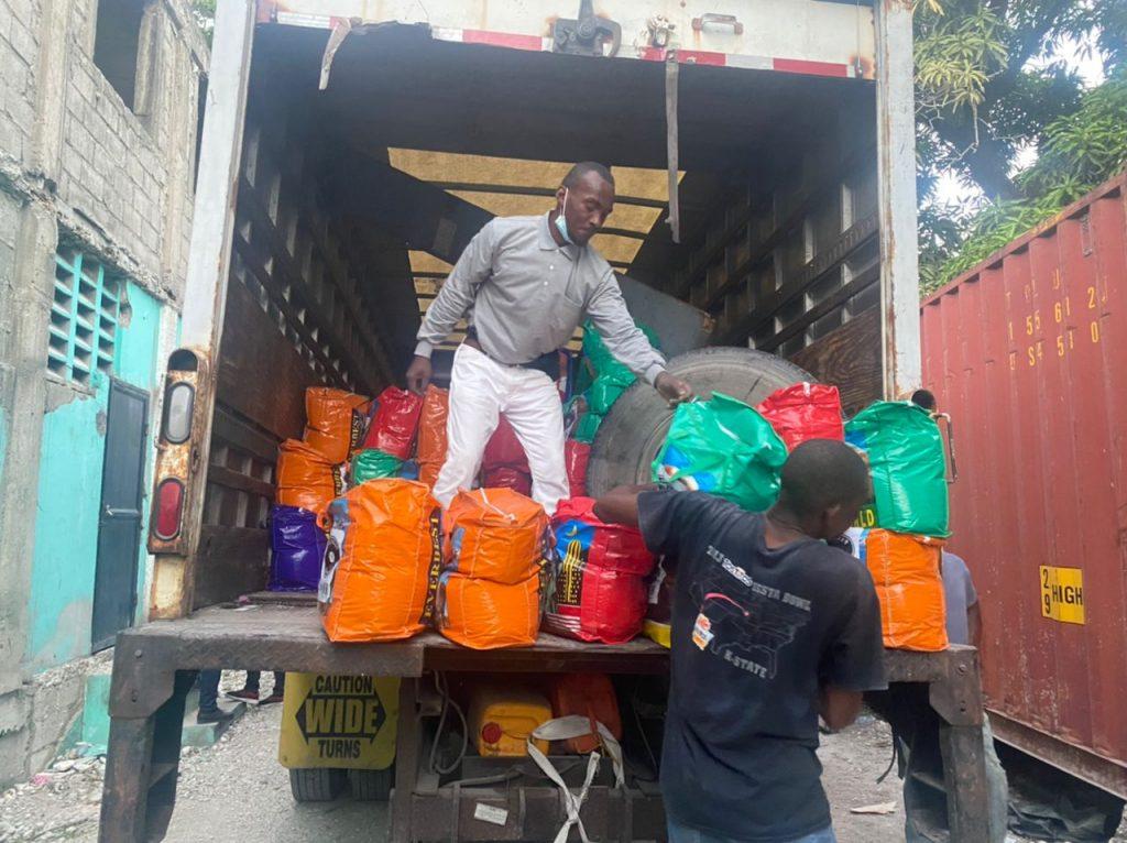 20210905_Haiti_truck arrived Les Cayes (1)