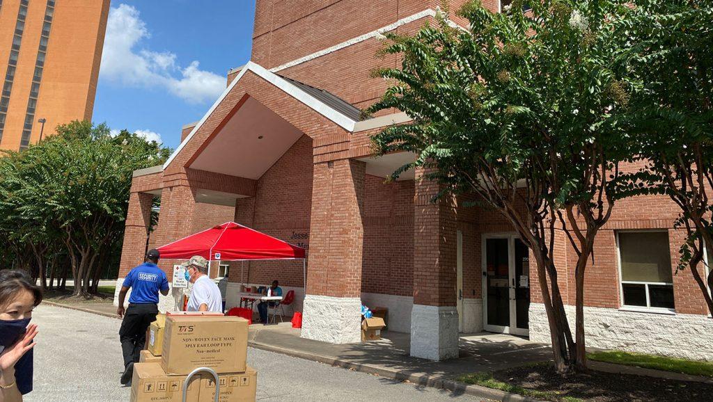 TzuchiUSA-Houston-Hurricane Ida Donation to Red Cross_0003_20210901 Blanket & Mask Donation to Red Cross IMG_8749