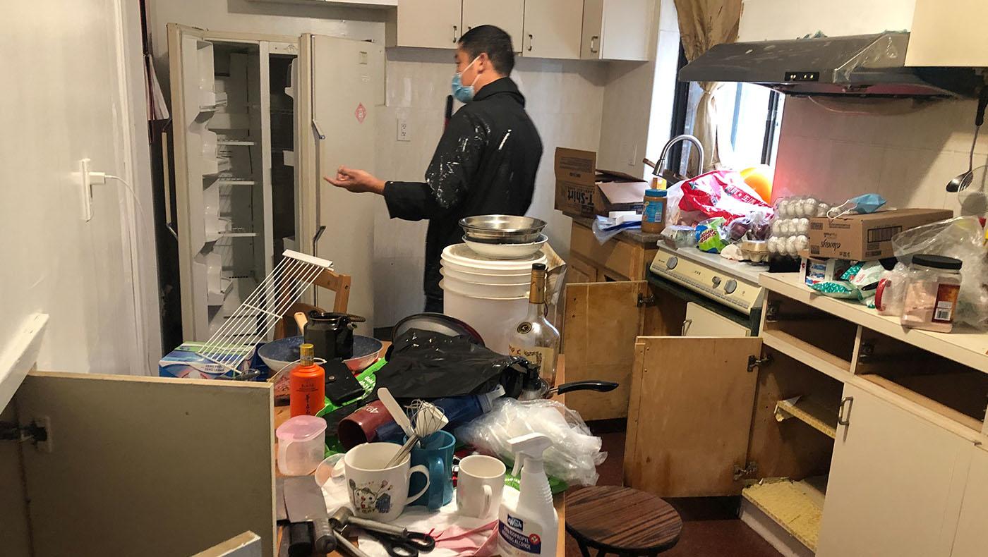 吳玉桂一樓的房客也損失慘重,水位一度淹到腳踝。攝影/蔣珊珊