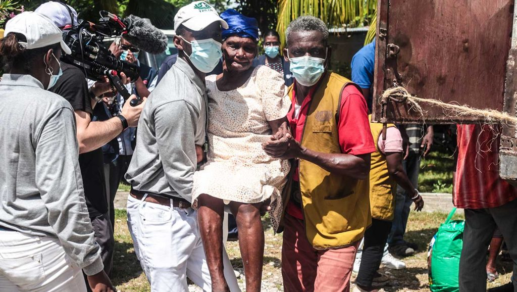 TzuChiUSA-20210910-Haiti-relief-distribution-3