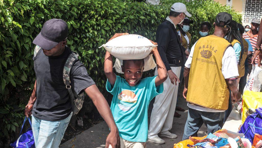 TzuchiUSA-haiti_0016_IMG_642820210911_Haiti_Don bosco_Rice Distribution&Kits_K.J