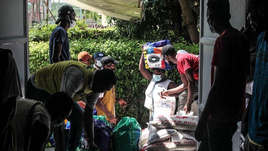 TzuchiUSA-haiti_0015_IMG_642020210911_Haiti_Don bosco_Rice Distribution&Kits_K.J