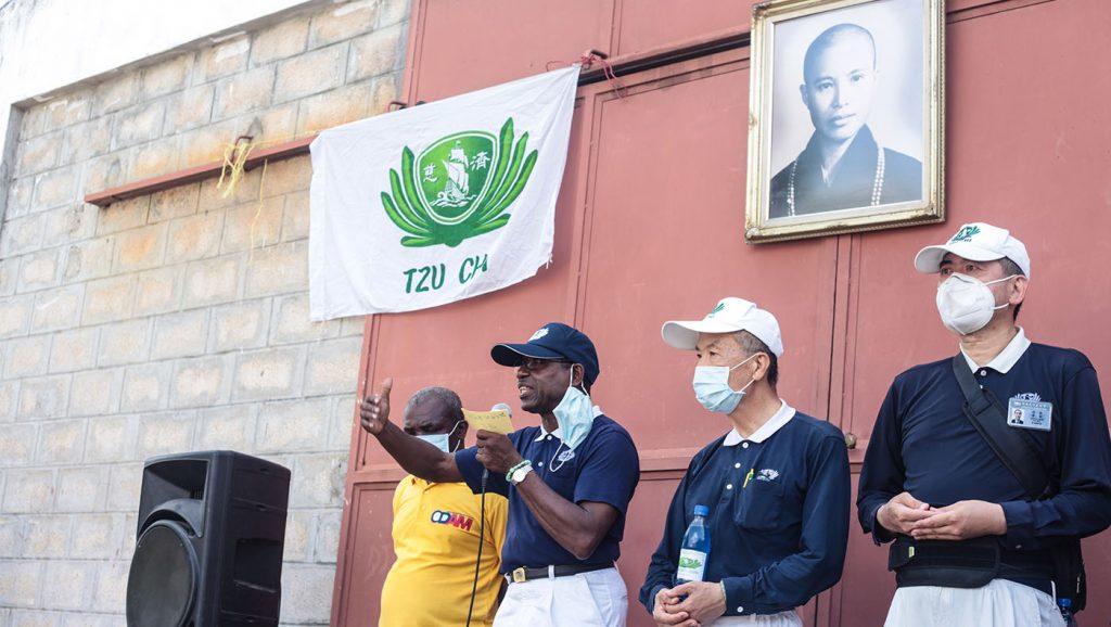 TzuchiUSA-haiti_0005_IMG_621120210911_Haiti_Don bosco_Rice Distribution&Kits_K.J