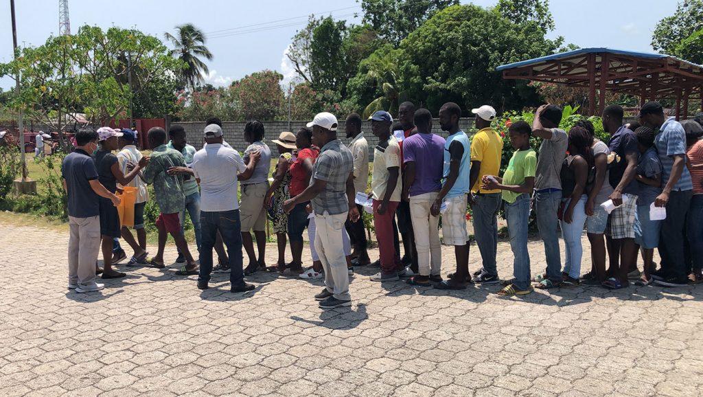 TzuchiUSA-haiti-0915_0004_20210915_Haiti_4th distribution_Agricultural Technology Corps (14)
