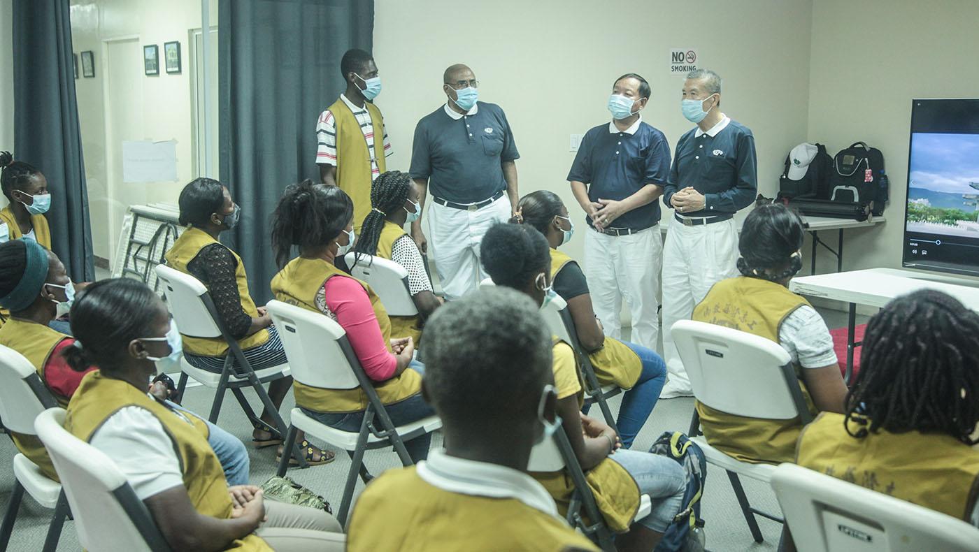 TzuchiUSA-haiti_0001_20210904_Haiti Day 4_volunteer training_Making JingSi Rice_3981