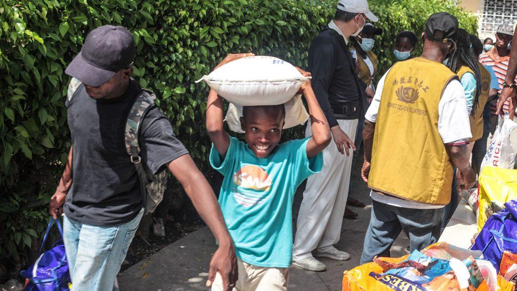 TzuchiUSA-_0020_IMG_642820210911_Haiti_Don bosco_Rice Distribution&Kits_K.J
