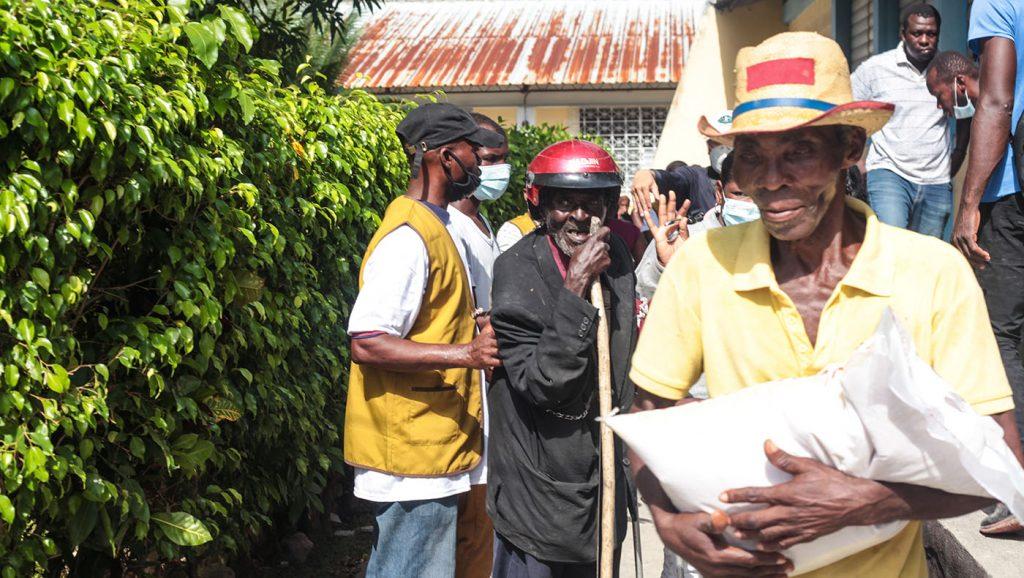 TzuchiUSA-_0019_IMG_635620210911_Haiti_Don bosco_Rice Distribution&Kits_K.J