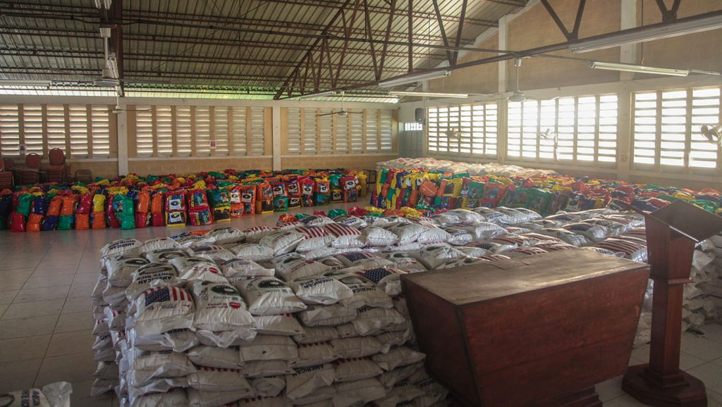 TzuchiUSA-_0014_IMG_605520210911_Haiti_Don bosco_Rice Distribution&Kits_K.J