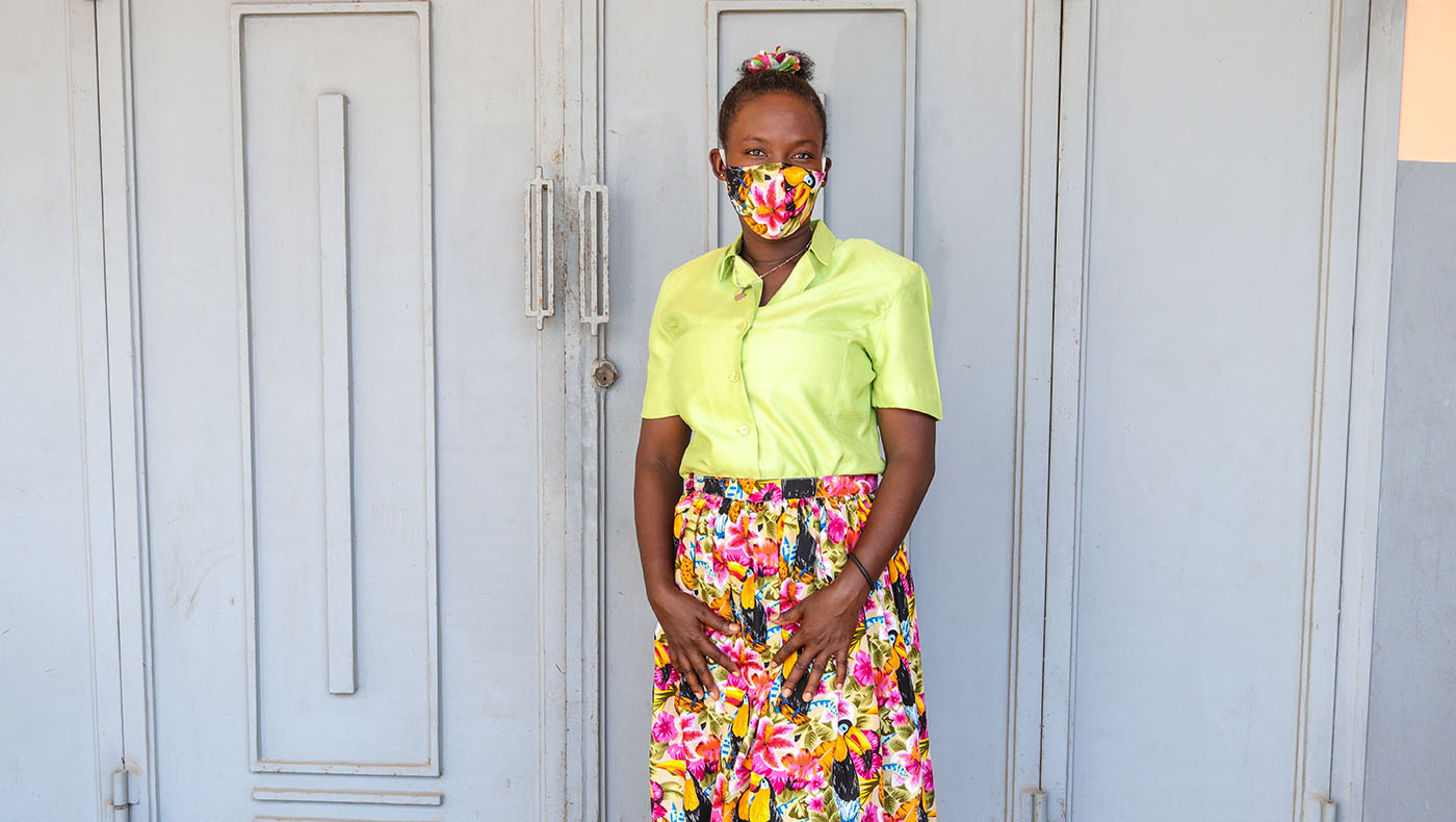 TzuchiUSA-haiti-_0010_IMG_954627092021_ Lasaline_ Don Bosco_ presentation of sewing works _ K.J