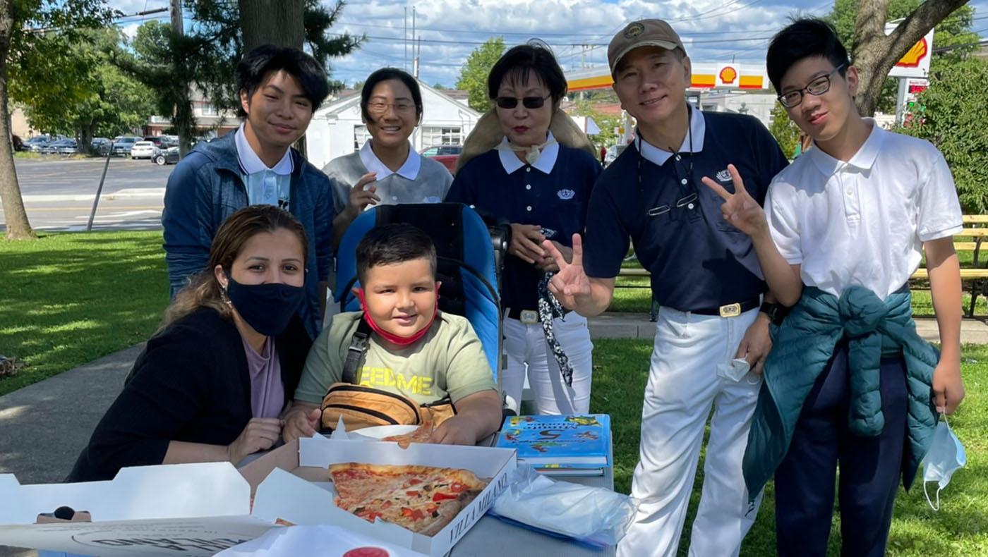 TzuchiUSA-NY-Gilbert_0003_14685920944980