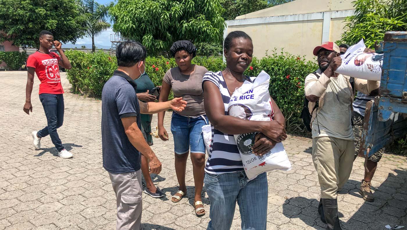 TzuChiUS-haiti-relief-092721-03