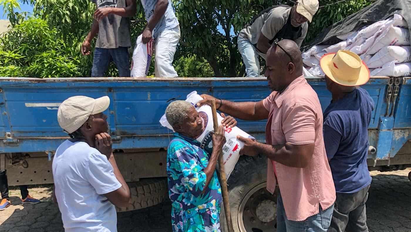 TzuChiUS-haiti-relief-092721-04